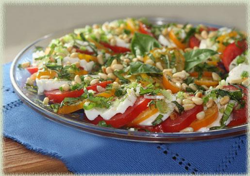 Caprese Salad Con Pignoli